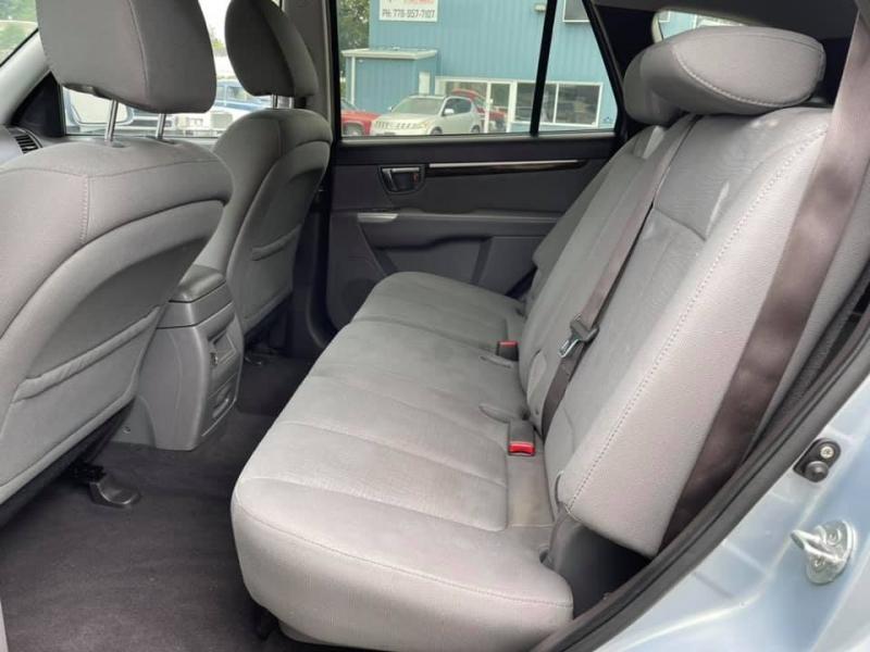 Hyundai Santa Fe 2010 price $3,869