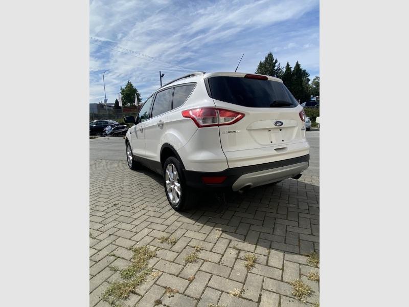 Ford Escape 2013 price $11,869