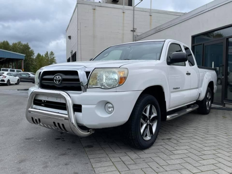 Toyota Tacoma 2006 price $14,869