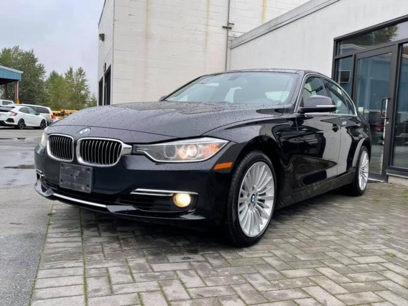 BMW 3-Series 2015 price $16,869