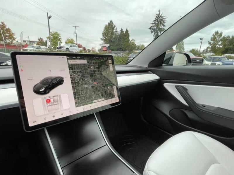 Tesla Model 3 2020 price $53,869