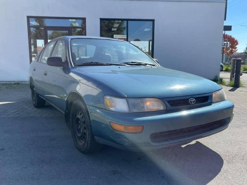Toyota Corolla 1996 price $2,869
