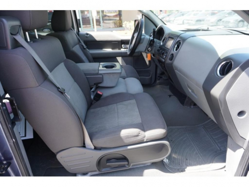 Ford F-150 2006 price $9,495