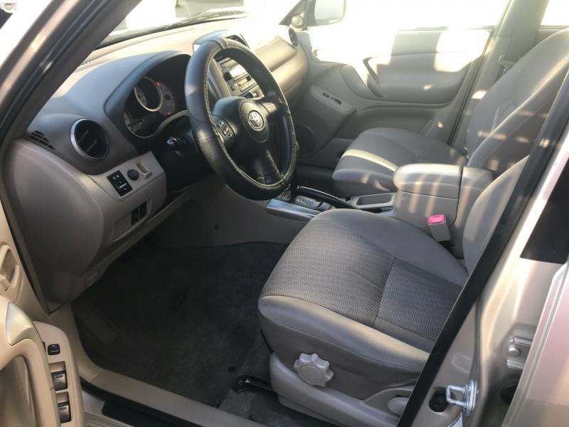 Toyota RAV4 2004 price $4,495