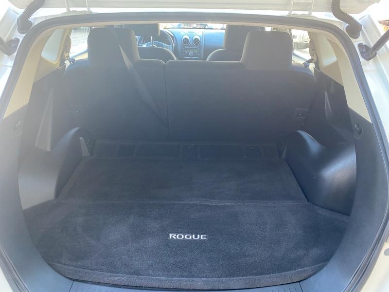 Nissan Rogue Select 2014 price $9,899