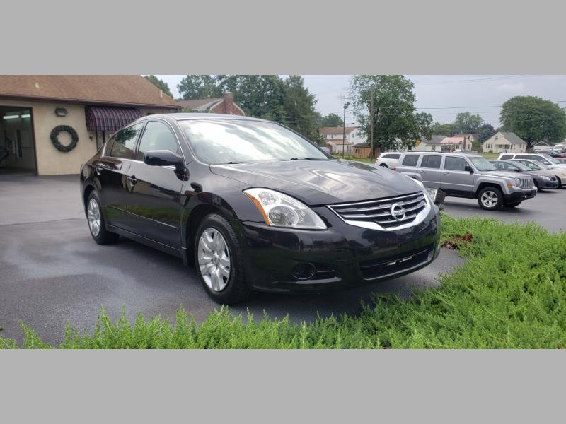 Nissan Altima 2012 price $7,200