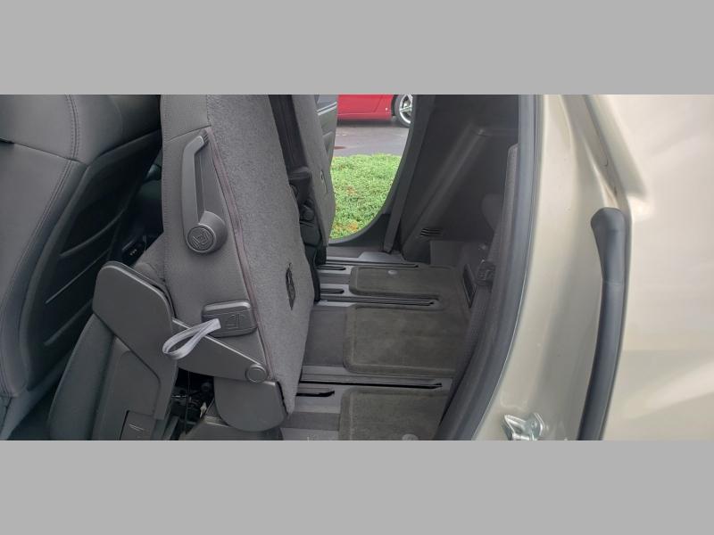 GMC Acadia 2009 price $7,200