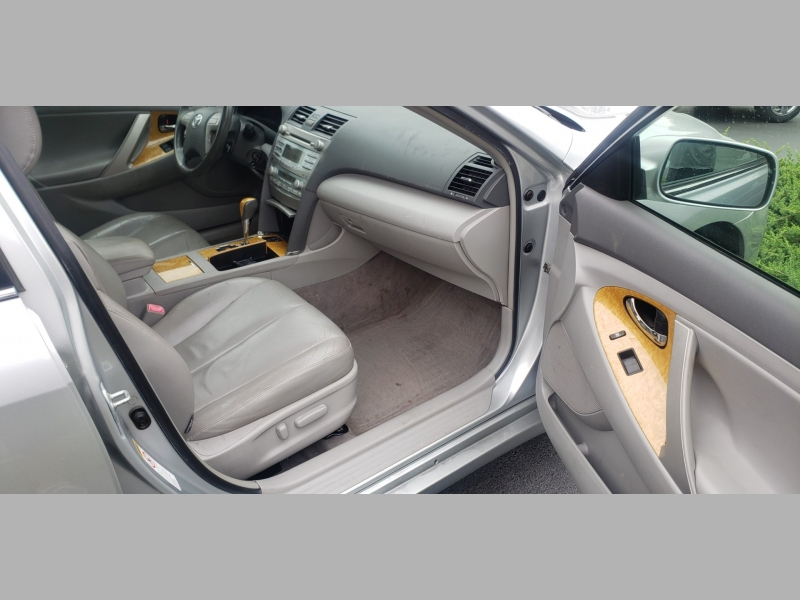 Toyota Camry 2007 price $4,600