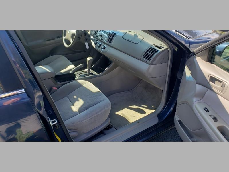Toyota Camry 2002 price $3,900