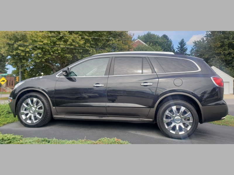 Buick Enclave 2011 price $8,900