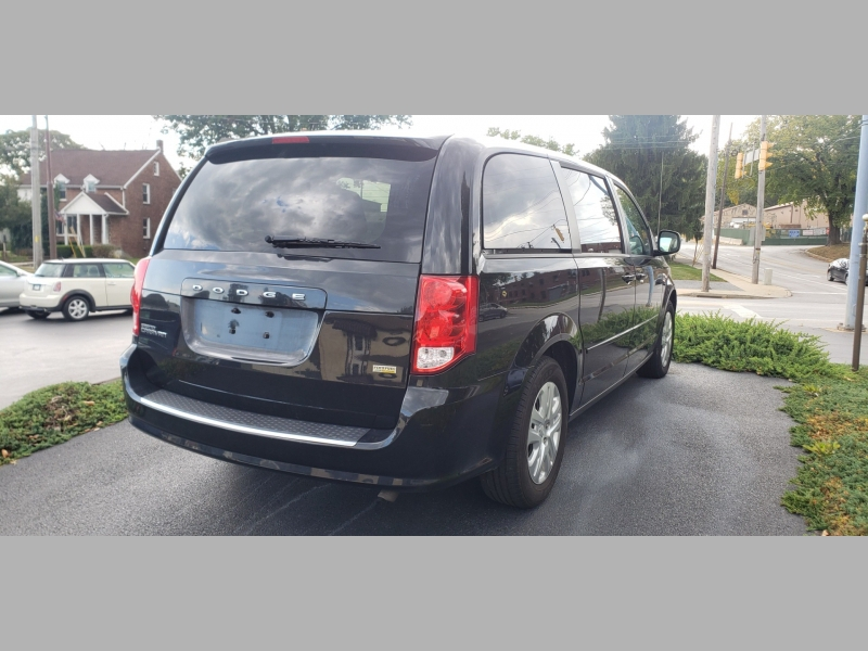 Dodge Grand Caravan 2016 price $8,500