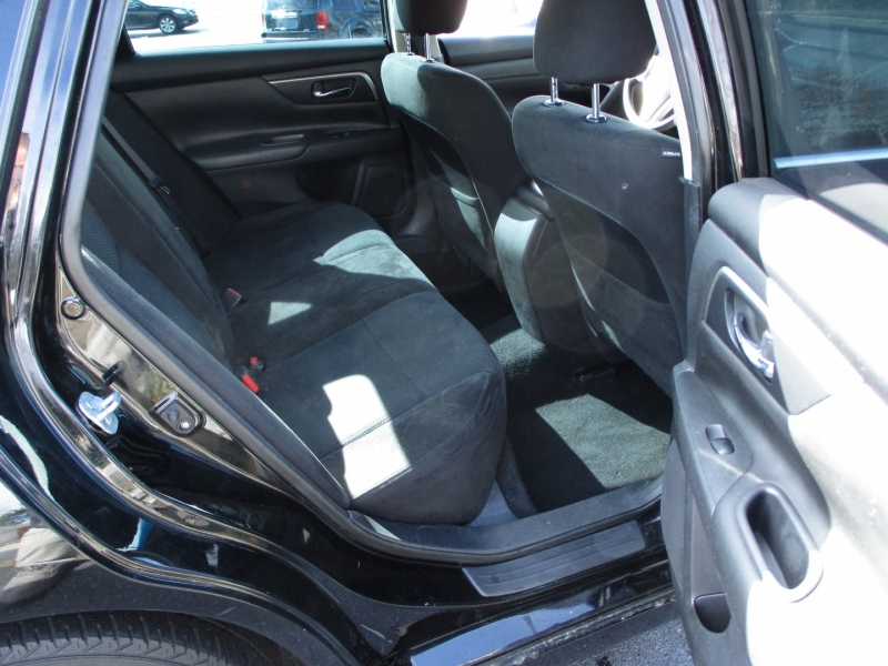 Nissan Altima 2015 price $8,600