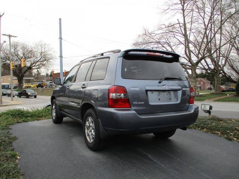 Toyota Highlander 2007 price $6,800