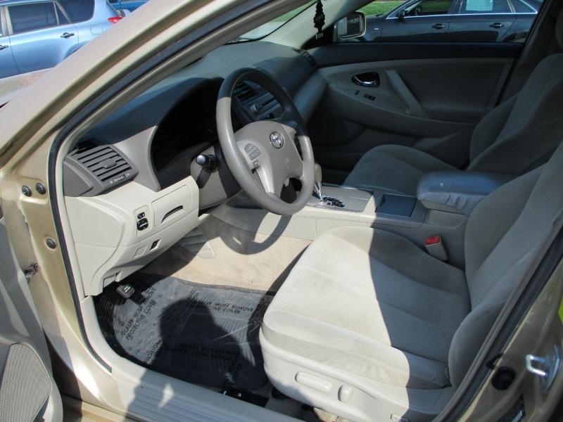 Toyota Camry 2011 price $4,950