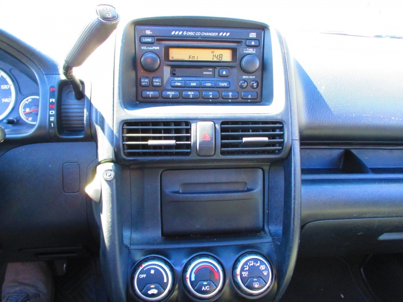 Honda CR-V 2004 price $4,200