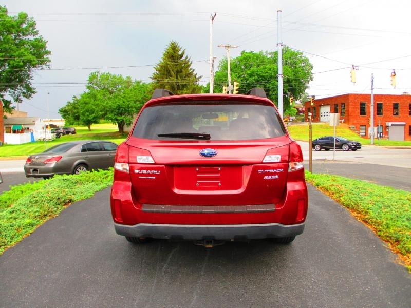 Subaru Outback 2013 price $8,700