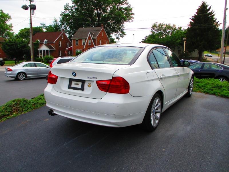 BMW 3-Series 2011 price $6,600