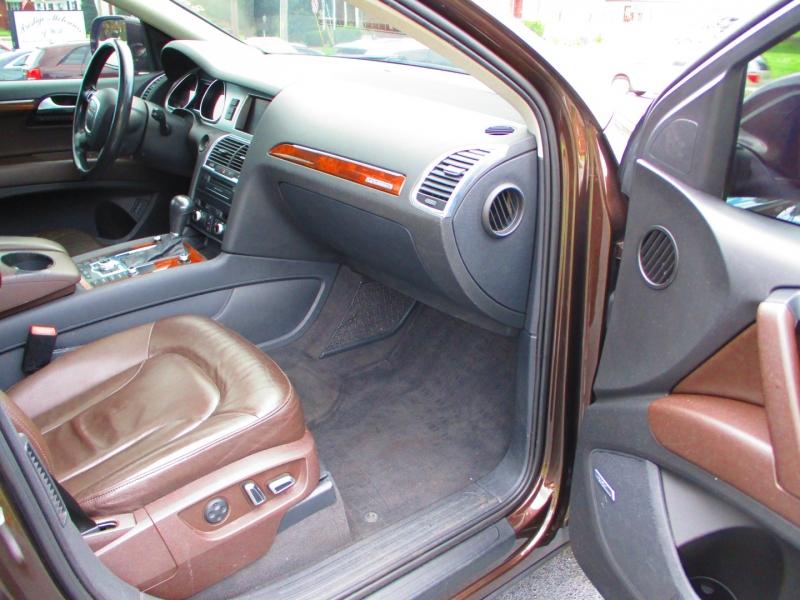 Audi Q7 2011 price $9,900