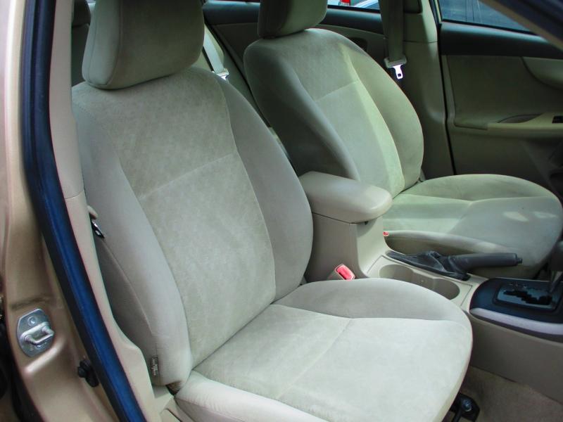 Toyota Corolla 2009 price $5,200