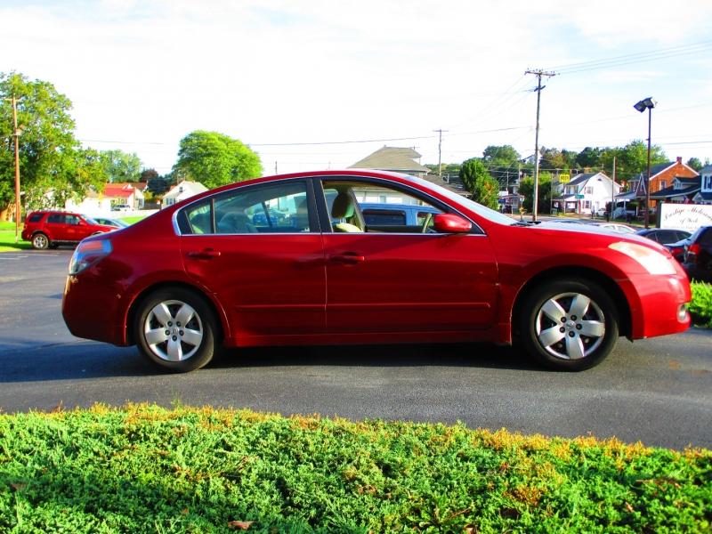 Nissan Altima 2008 price $4,300