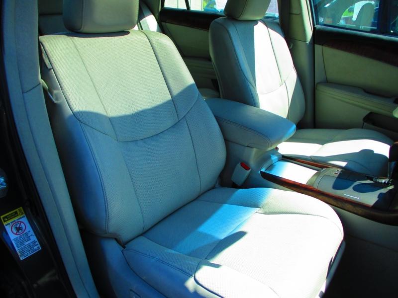 Toyota Avalon 2011 price $7,900