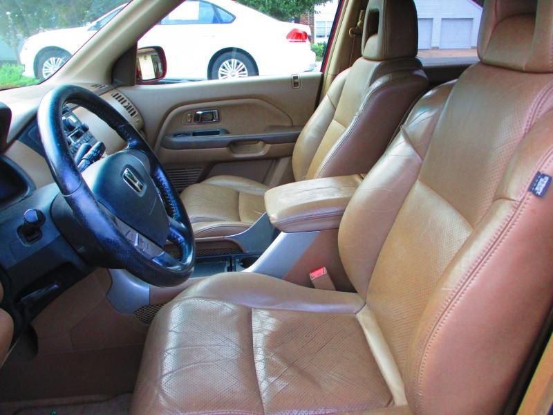 Honda Pilot 2005 price $4,900