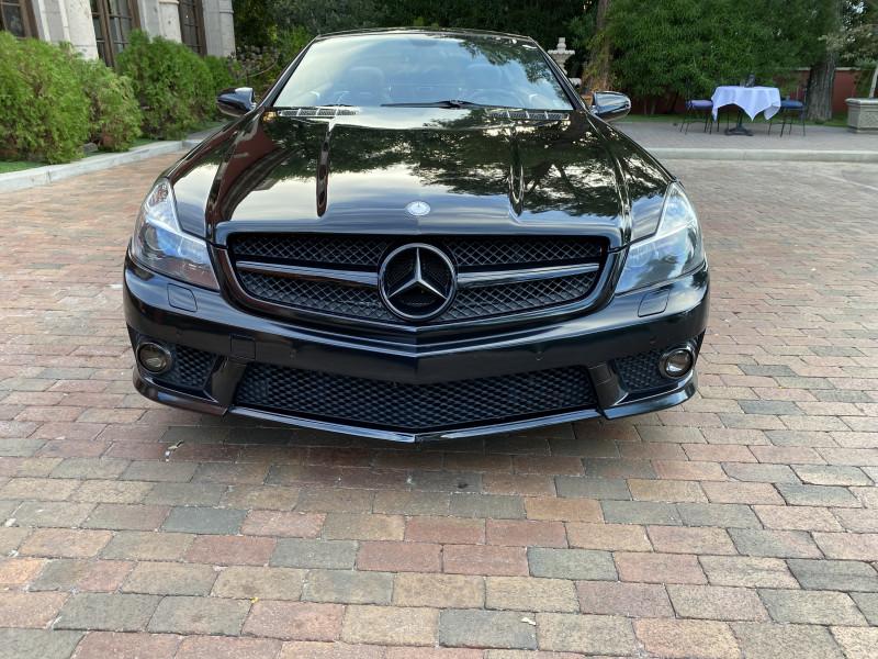 Mercedes-Benz SL-Class 2011 price $32,400