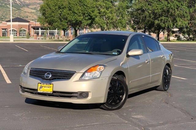 Nissan Altima 2009 price $4,500