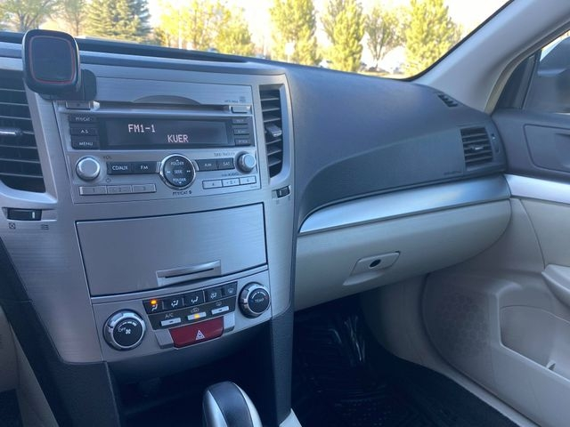 Subaru Outback 2010 price $5,250
