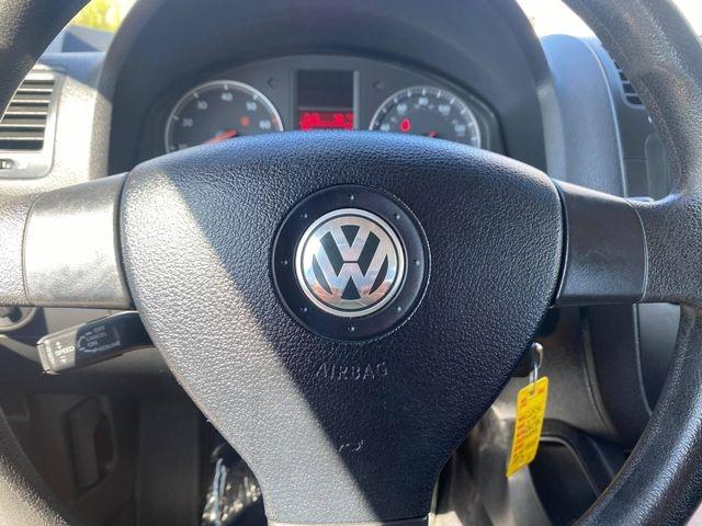 Volkswagen Jetta 2006 price $4,200