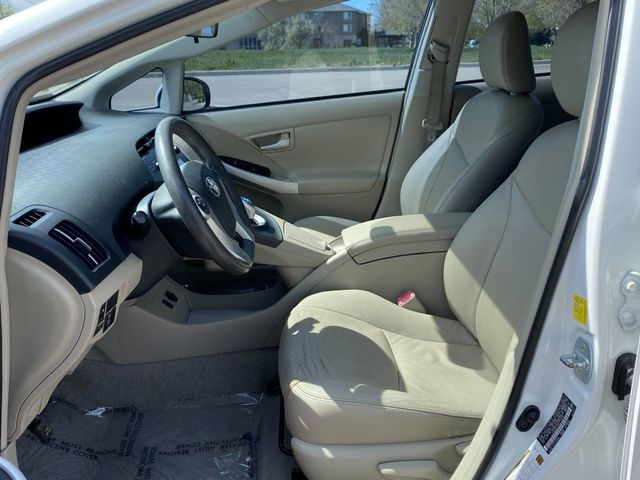 Toyota Prius 2010 price $7,699
