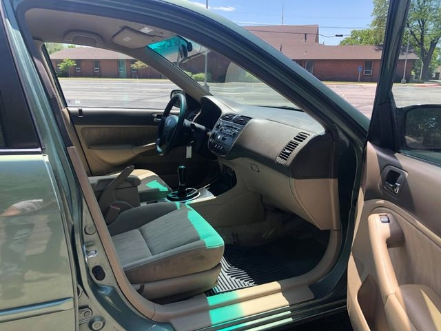 Honda Civic 2003 price $3,375