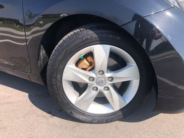 Hyundai Elantra 2012 price $6,985