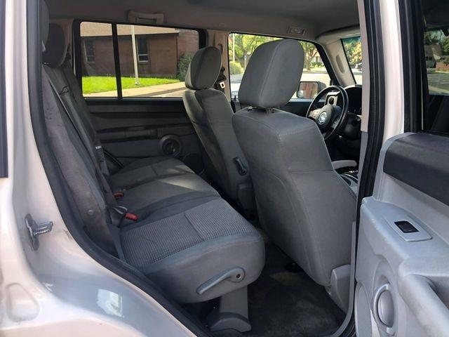 Jeep Commander 2007 price $6,385