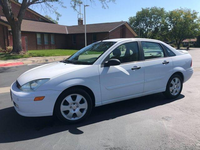 Ford Focus 2002 price $2,785
