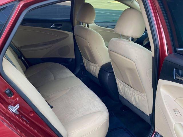 Hyundai Sonata 2013 price $8,349