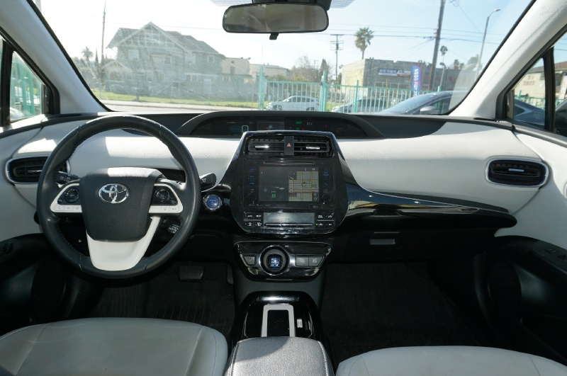 Toyota Prius 2016 price $13,900