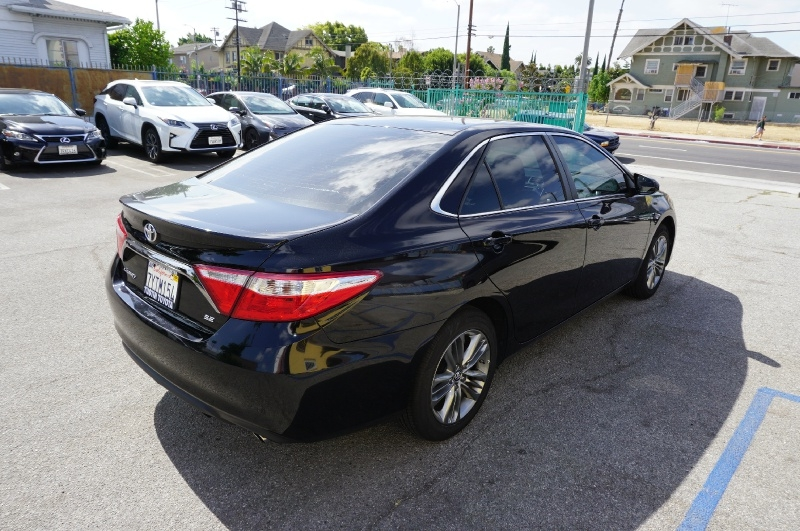Toyota Camry 2017 price $14,900