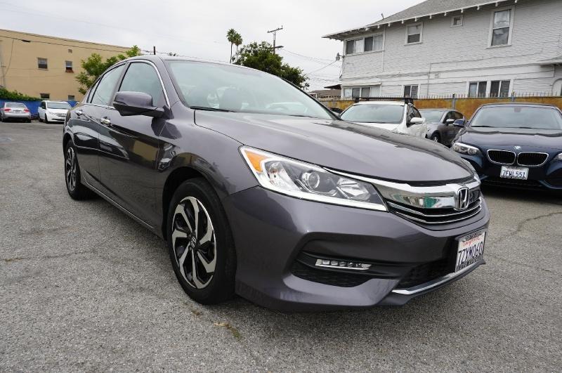 Honda Accord 2017 price $17,300
