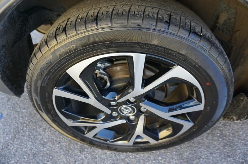 Toyota C-HR 2018 price $16,900
