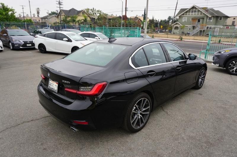BMW 3-Series 2019 price $27,900