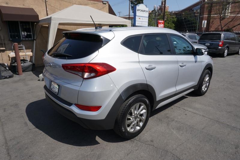 Hyundai Tucson 2017 price $16,900