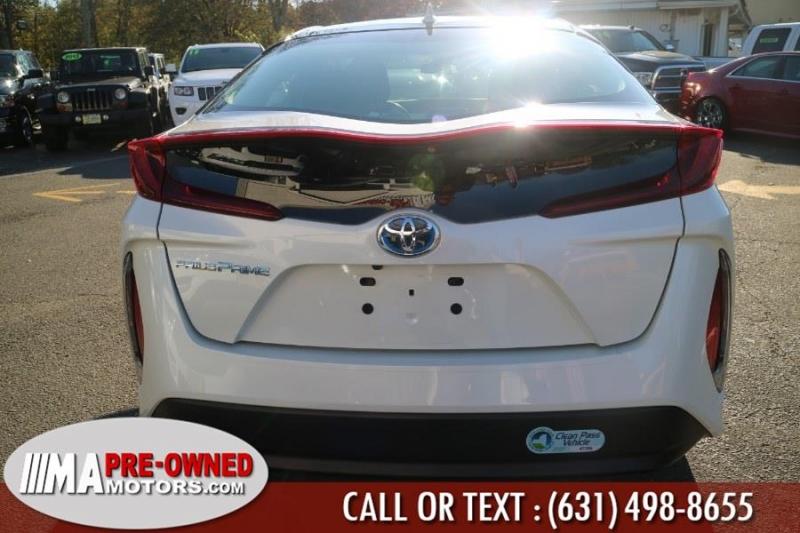 Toyota Prius Prime PLUG IN 2017 price $19,995