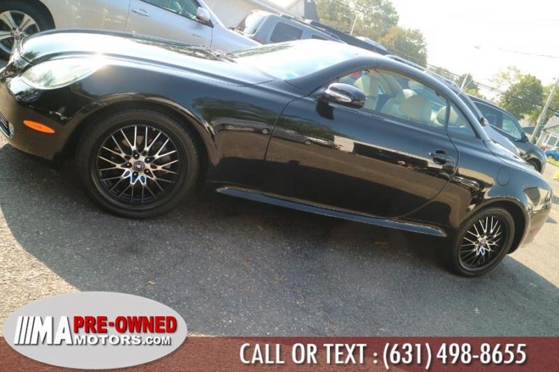 Lexus SC 430 2005 price $15,995