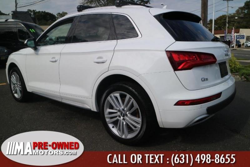 Audi Q5 2018 price $27,895