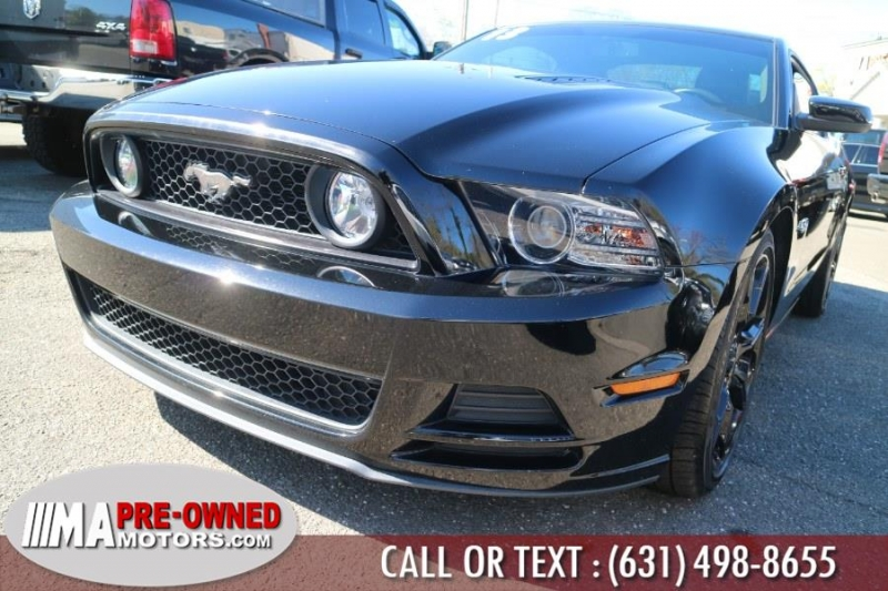 Ford Mustang GT 6 speed 2013 price $28,995