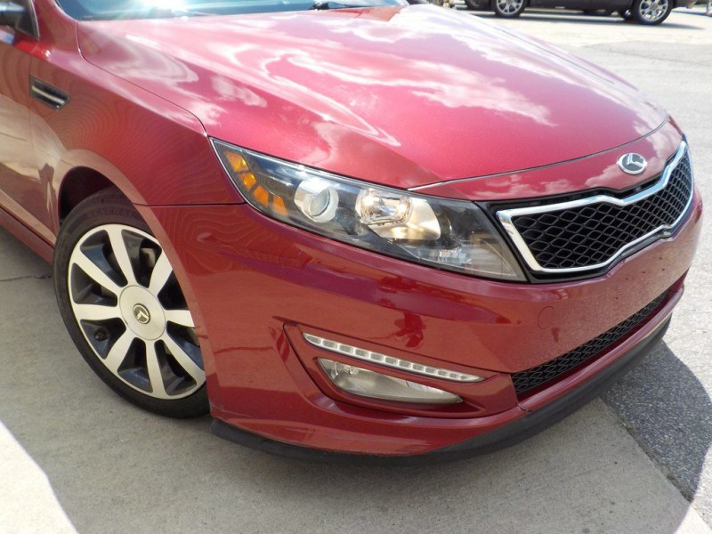 Kia Optima 2011 price $8,950