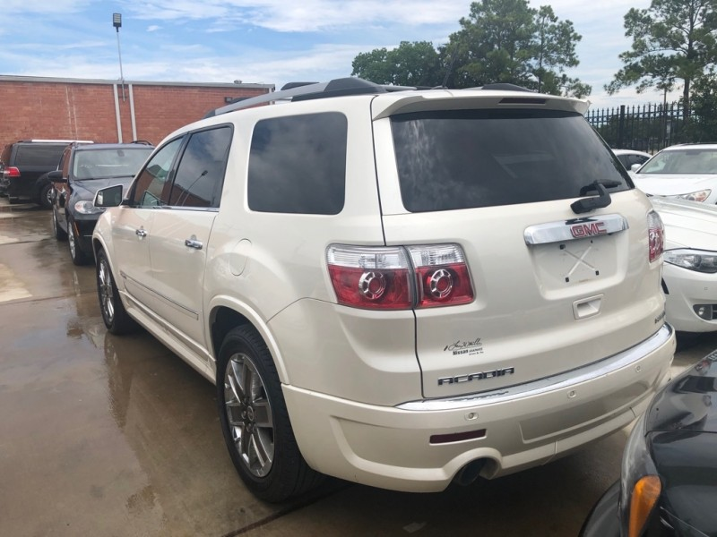 GMC Acadia 2011 price $14,999 Cash