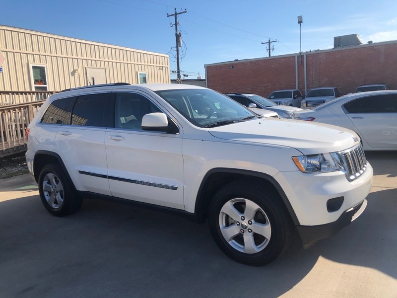 Jeep Grand Cherokee 2011 price $9,999 Cash