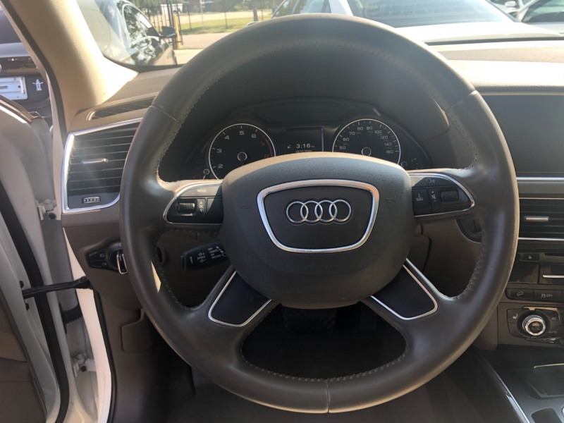 Audi Q5 2013 price $10,999 Cash